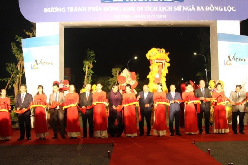 Tổng công ty Công nghiệp xi măng Việt Nam tổ chức lễ thông xe đoạn đường tránh phía đông Khu di tích ngã ba Đồng Lộc