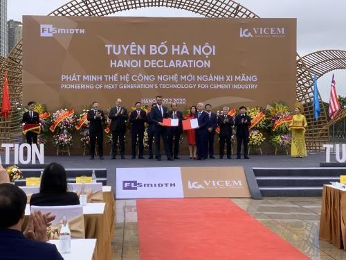 Vicem và FLSmidth ra tuyên bố chung Hà Nội về phát minh thế hệ công nghệ mới ngành xi măng