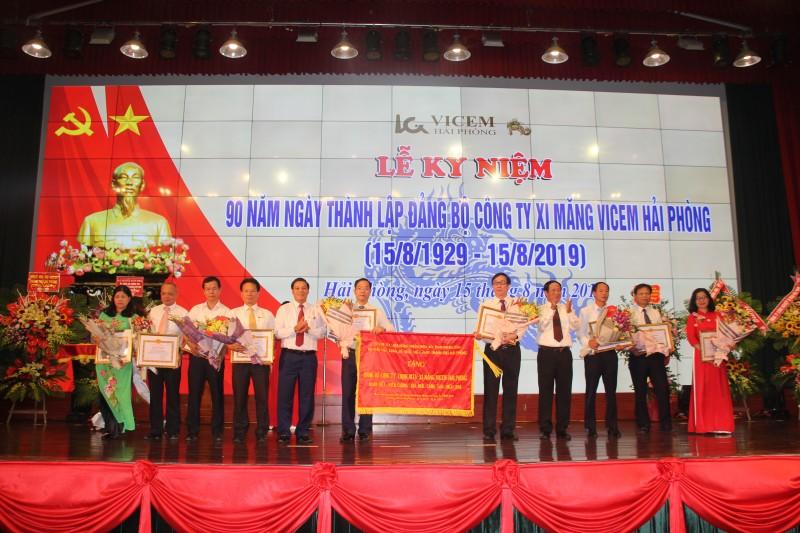 Kỷ niệm 90 năm Đảng bộ Công ty Xi măng Vicem Hải Phòng