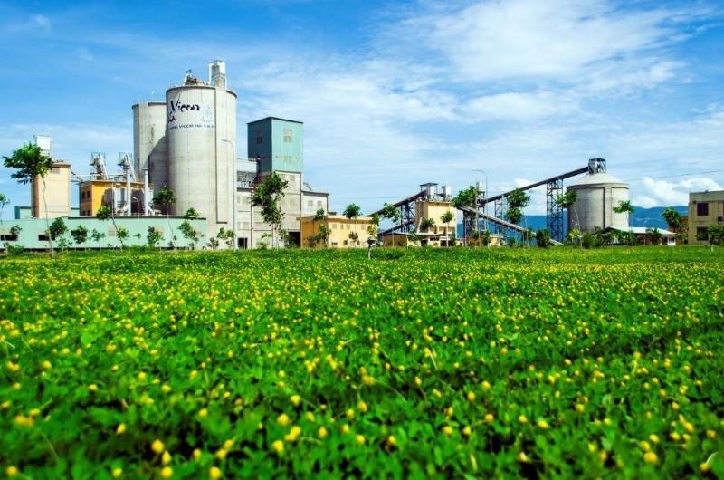 Cần tạo điều kiện cho doanh nghiệp sản xuất xi măng tham gia đồng xử lý rác thải, bùn thải